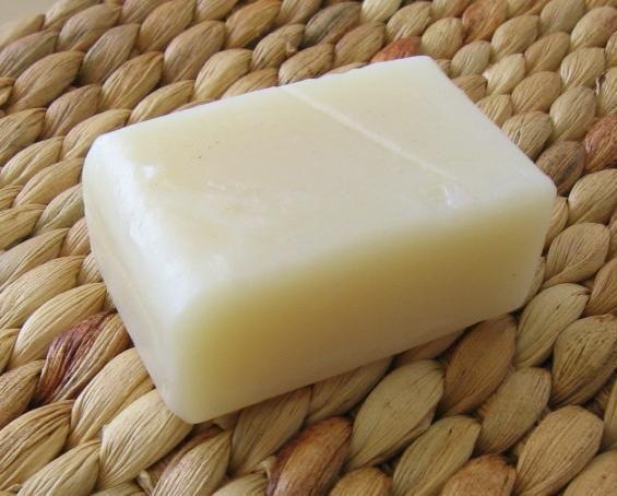 А вы пробовали хозяйственное мыло от прыщей?