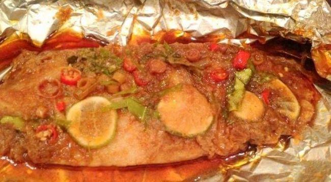 А вы знаете, как запечь в духовке рыбу в фольге так, чтобы сохранились все витамины?