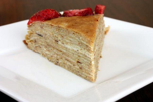 Блинный торт с творожным кремом - сочетание традиций и креативности