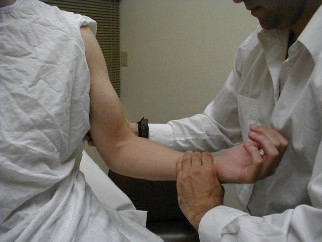 Боль в локтевом суставе, причины