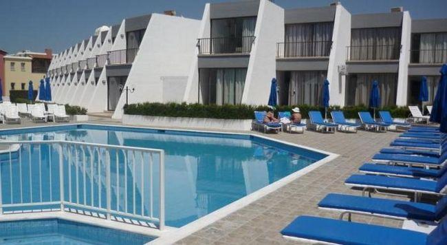 Бутик-отель эконом-класса pinelopi beach hotel apts, кипр, пафос