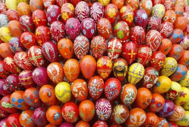 Чем красить яйца? Подключаем фантазию!