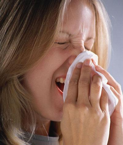 Что делать в том случае, если при насморке заложило ухо?