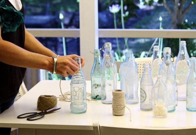Декор бутылки, перевоплощающий ее в шедевр