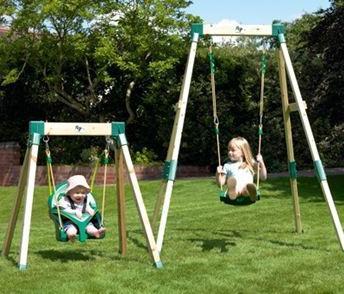 Детские качели для дачи как способ организации досуга ребенка
