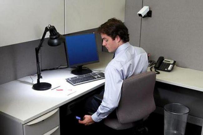 Европейский суд по правам человека постановил: работодатель может читать личные сообщения сотрудников