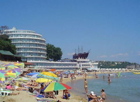 где на черном море песчаный пляж