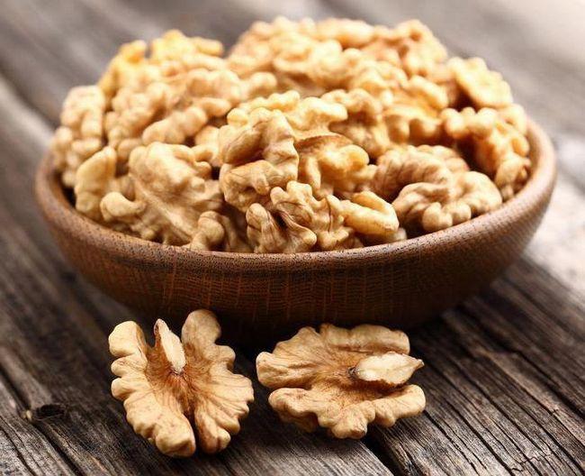 сколько калорий в одном грецком орехе