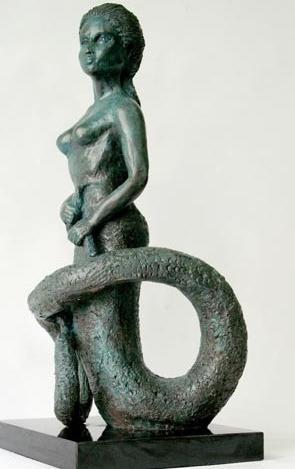 Характеристика и гороскоп: женщина-змея