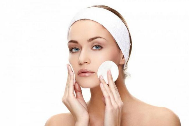 Хитрости для безупречного макияжа, который скроет вашу усталость