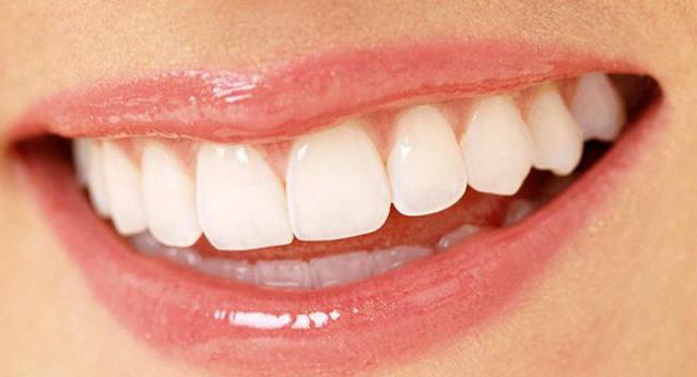 установить зубные протезы