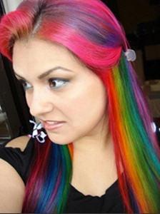 Яркие цвета волос: познаем экстремальные тенденции современной моды