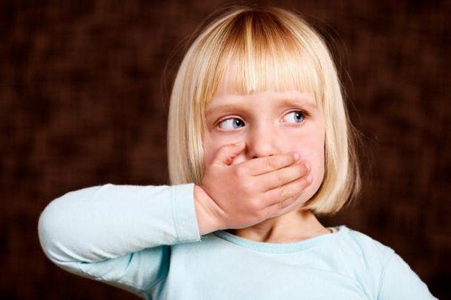 Язык тела важен: 9 отвратительных привычек, от которых сложно отказаться