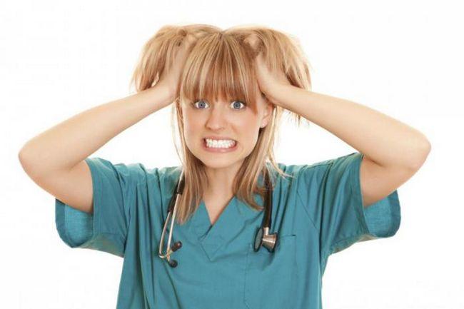 К чему следует быть готовым, если любимая девушка - медсестра?