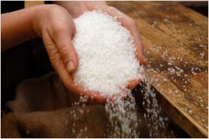 К чему снится соль, и какому соннику верить?