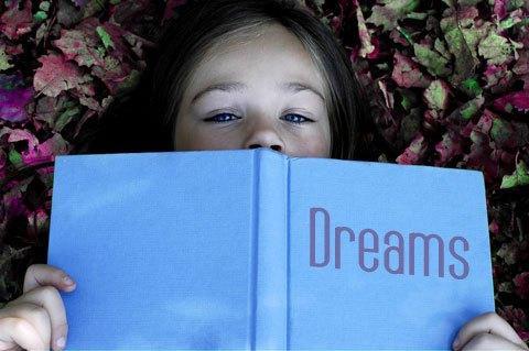 К чему снится умерший человек? К перемене погоды или к переменам в жизни?