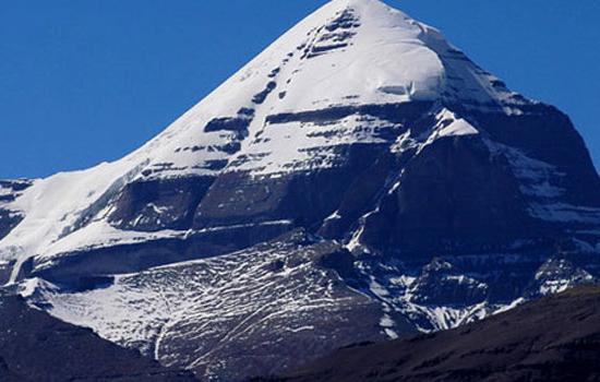Кайлас - священная гора тибета