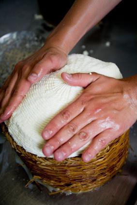 Как из молока делать сыр