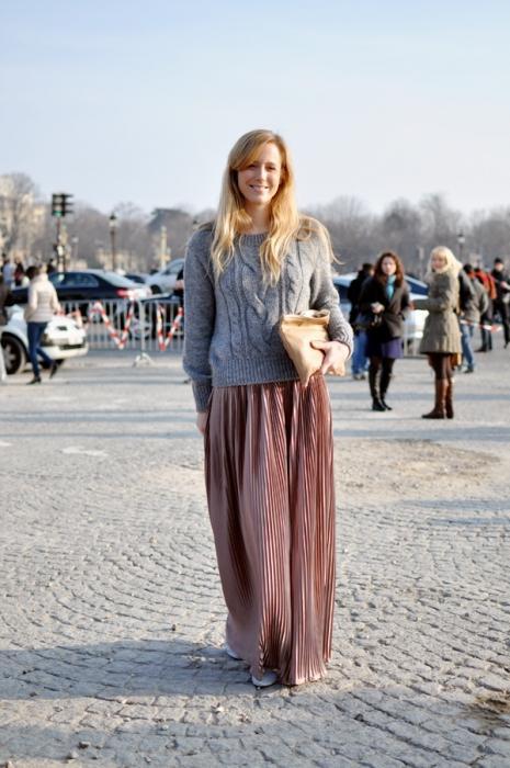 Как и что носить с длинной плиссированной юбкой