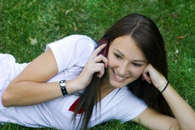 Как и о чем поговорить с девушкой по телефону