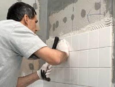 Как кладут плитку в ванных комнатах