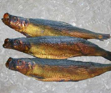 Как коптить рыбу в домашних условиях: два рецепта