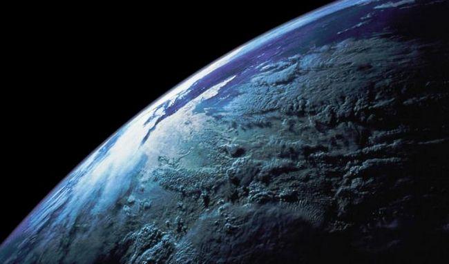 Как нарисовать планету земля: карандаш или компьютерная графика?