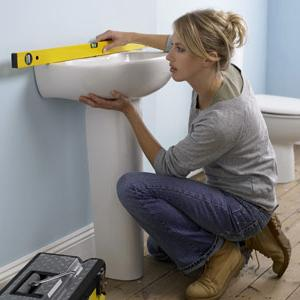 Как недорого сделать ремонт в ванной? Скромно, но качественно и современно