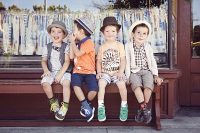 Как открыть магазин детской одежды: основные моменты