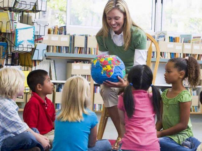 дети летом в детском саду