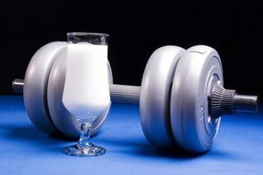 Как приготовить белковые коктейли для роста мышц самостоятельно