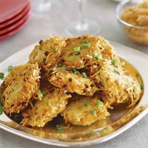Как приготовить драники из картошки: просто и очень вкусно!