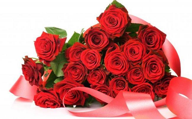 Как проводится черенкование роз из букета?