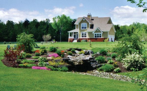 Как расположить дом на участке: основные правила