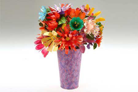 Как сделать цветы из пластиковых бутылок просто и красиво