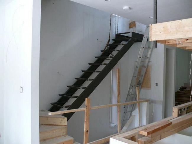 Как сделать лестницу на второй этаж: рекомендации