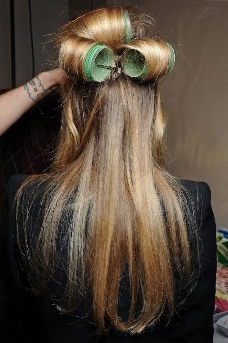 как сделать длинные волосы пышными