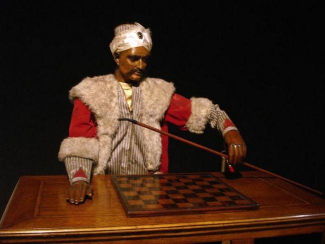 Как шахматному автомату в 18 веке удавалось дурачить мир?