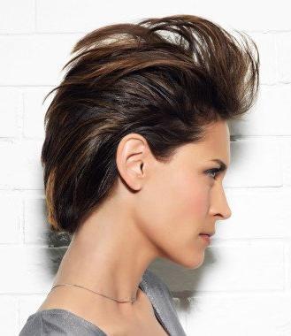 как уложить волосы назад