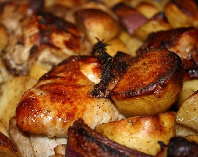 картофель запеченный с филе курицы