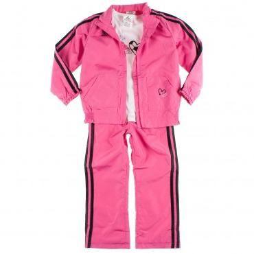 Как выбрать спортивный костюм для девочки?