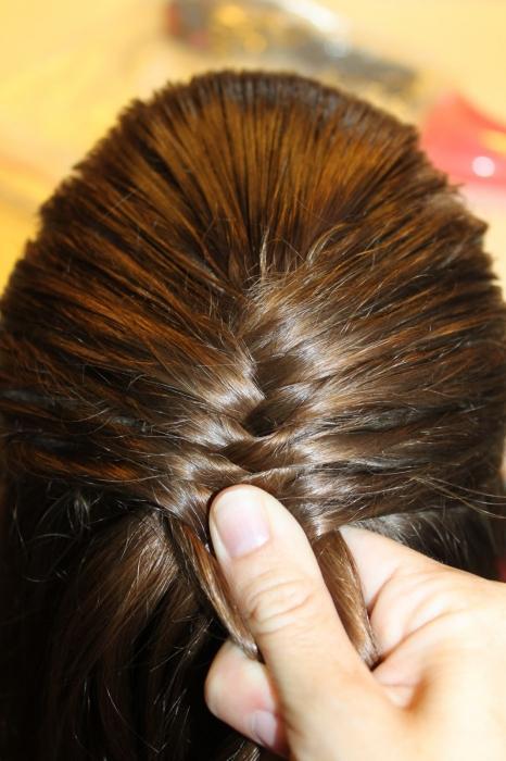 заплести косу себе
