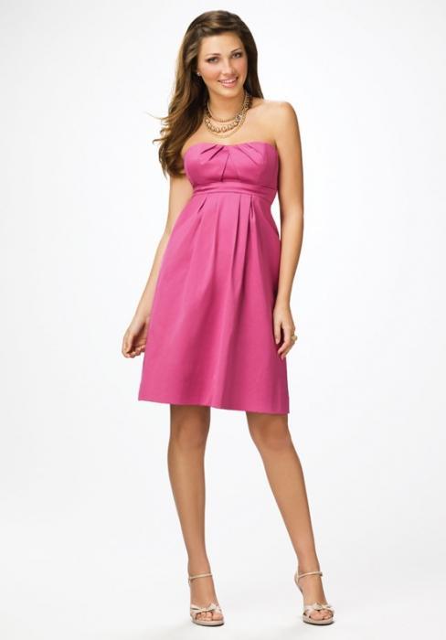 розовое платье на свадьбу подруги