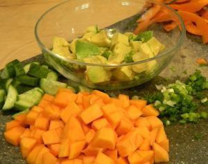 салат с хурмой и сыром