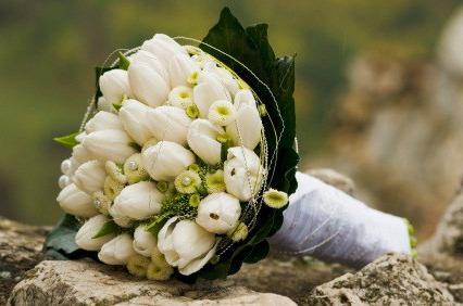 букет из тюльпанов свадебный