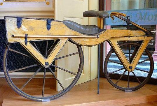Кто изобрел велосипед - немец фон дрез или русский артамонов?