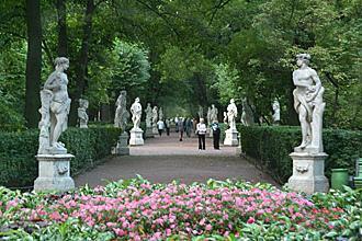 Летний сад – жемчужина санкт-петербурга