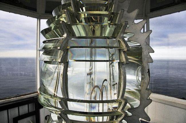 Линза френеля: от маяков до сфер мультимедиа