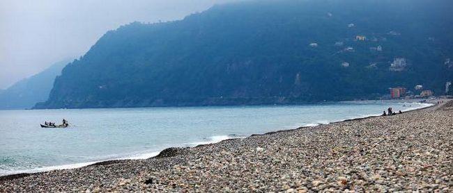 пляжи грузии песок