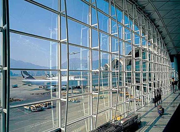Лучший аэропорт мира - это аэропорт гонконга